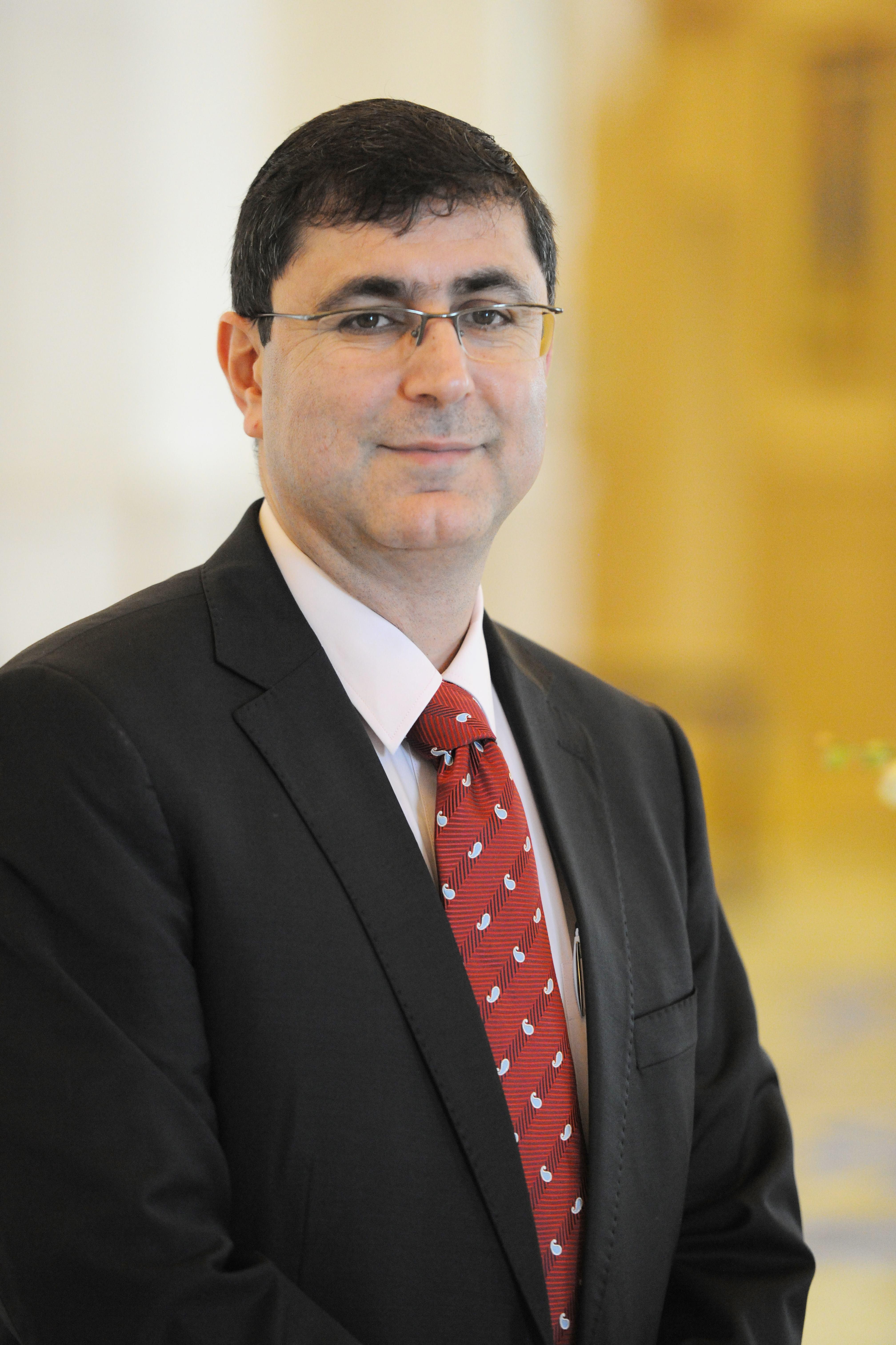 Fareed Al Haddad headshot